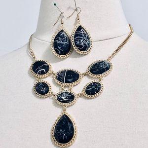 Jewelry - NEW Gold & Black Necklace w/ Earrings Set